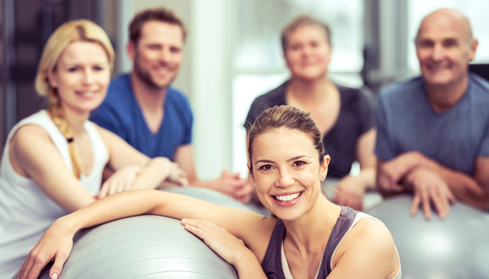 Das UNICUM Stuttgart führt wir auch regelmäßig Gesundheitskurse durch. Dazu gehören Pilates, Mama Pilates, Pilates für Kinder, Senioren Pilates, Yoga, Yoga für Kinder, Yoga für Senioren, RückenFit (Wirbelsäulengymnastik), Blackroll Workshops, Blackroll Kurse, Aquagym, Rückbildungsgymnastik, Beckenbodengymnastik, Sturzprophylaxem, Balancetraining, Skigymnastik und AOK Gesundheitskurse.